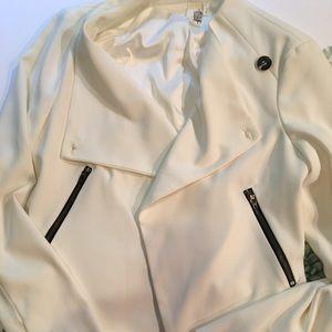 Francesca's Swing Front Dress Jacket